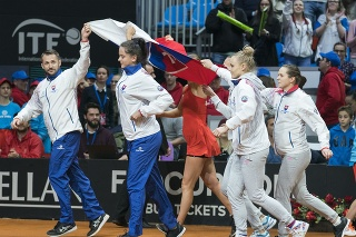 Slovenské tenistky postupujú na finálový turnaj.