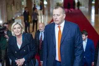 Marine Le Penová pricestovala na pozvanie Borisa Kollára.