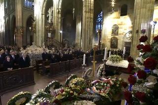 Pohreb Karla Gotta.