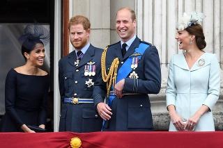 Princ William a princ Harry s manželkami