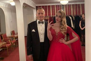 Kollár s najstaršou dcérou na Plese v opere.
