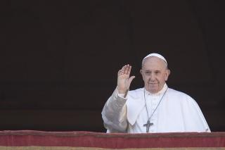 Pápež František počas svojho tradičného vianočného posolstva.