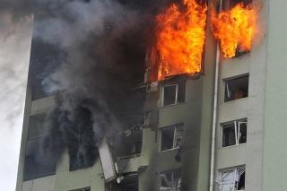 Výbuch a následný požiar bytovky v Prešove.