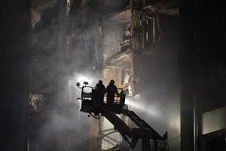 Hrozivý pohľad na byty po výbuchu plynu.