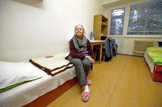 Pani Mária (73) je dočasne v stredoškolskom internáte.