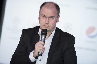 Na snímke športový komentátor Marcel Merčiak