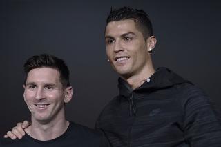 Argentínsky futbalista Lionel Messi (vľavo) a  portugalský futbalista Cristiano Ronaldo.
