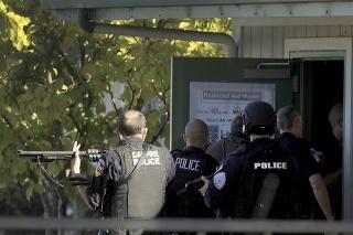 Pred školou v Kalifornii si vybavovali účty členovia gangov: