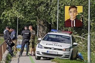 Zo strašnej tragédie boli zdrvení aj zasahujúci policajti.
