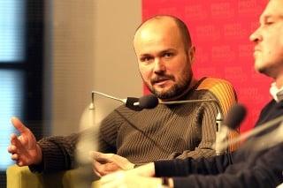 Peter Holúbek odpočúval dva roky.