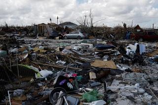 Dorian spôsobil obzvlášť zarážajúce škody v osadách na ostrovoch Abaco.