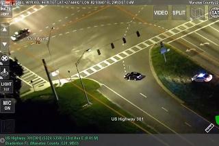 14-ročný chlapec ukradol auto a utekal pred policajtami: Takúto naháňačku neuvidíte ani vo filme