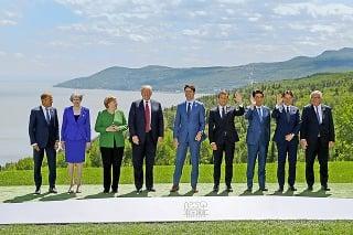 Predstavitelia G7.