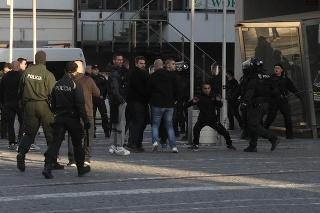V Trnave to pred zápasom Slovensko - Maďarsko poriadne vrie