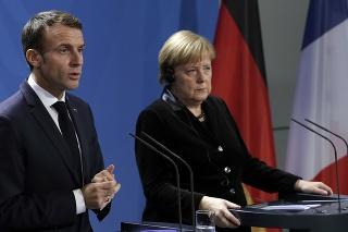 Nemecká kancelárka Angela Merkelová a francúzsky prezident Emmanuel Macron
