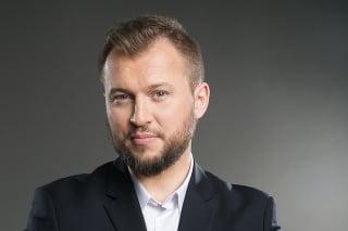 Záhumenský priznal rozpad vzťahu na sociálnej sieti.