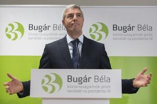 Béla Bugár počas tlačovej konferencie o svojej prezidentskej kampani.