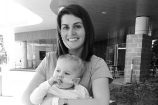 Mama Sara a syn Alfie zomreli na zákernú chorobu