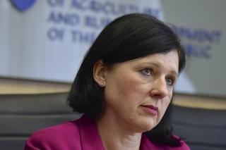Česká eurokomisárka pre spravodlivosť, ochranu spotrebiteľov a rodovú rovnosť Věra Jourová