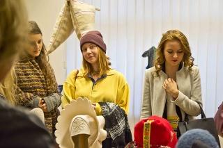 Výstava má za úlohu spropagovať tradičné materiály.
