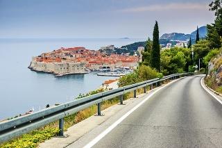 Diaľničné poplatky v najobľúbenejšej turistickej destinácii Slovákov v júli zdražejú o 10 percent.