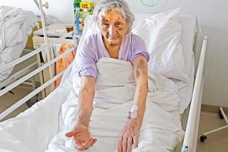 Starenku Irenu zlodej brutálne napadol.