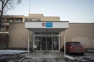V domove na Pažítkovej ulici zomrelo 13 ľudí.