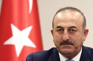 Turecký minister zahraničných vecí Mevlüt Čavušoglu: Čo vyčíta EÚ?