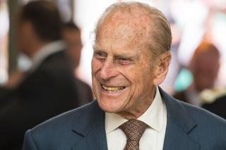 Princ Philip zomrel vo veku nedožitých 100 rokov.