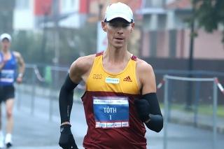Na snímke slovenský chodec Matej Tóth (Dukla Banská Bystrica) počas 39. ročníka medzinárodných chodeckých pretekov Dudinská päťdesiatka v Dudinciach.