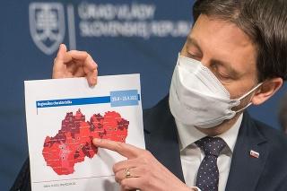 Eduard Heger (OĽaNO) počas tlačovej konferencie k aktuálnej epidemiologickej situácii