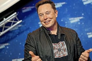 Elon Musk má dôvod na úsmev.