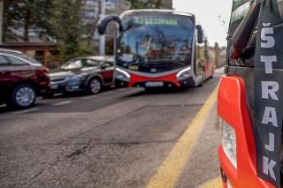 Odstavené vozidlá mestskej hromadnej dopravy v bratislavskej mestskej časti Staré Mesto