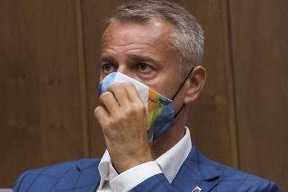 Opozičný poslanec a exminister zdravotníctva Richard Raši (nezaradený).