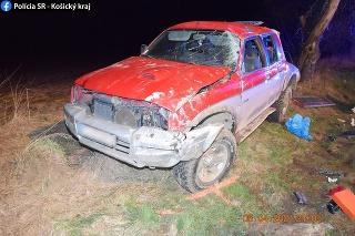 Pri dopravnej nehode vodič utrpel zranenia nezlučiteľné so životom.