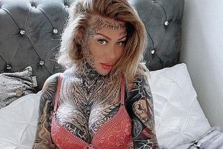 Becky Holt utratila 35-tisíc libier (41-tisíc eur) na tetovania.