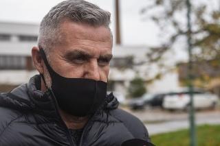 Tibor Gašpar po podaní trestného oznámenia na Úrade špeciálnej prokuratúry.