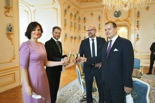 BRATISLAVA, 21. 3. 2020.  Prezidentský palác. U PREZIDENTKY: Zuzana Čaputová vymenovala novú vládu Igora Matoviča.
