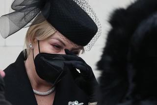 Wanda Hrycová po pohrebe otca.