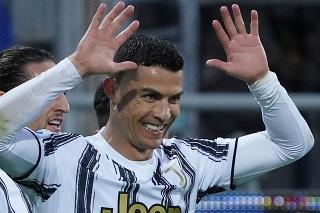 Ronaldo sa v zápase proti Cagliari zaskvel hetrikom.