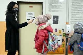 Mesto Prešov otvorilo všetky materské školy a základné školy .