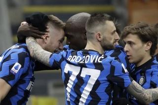 Milan Škriniar rozhodol o výhre Interu Miláno gólom.
