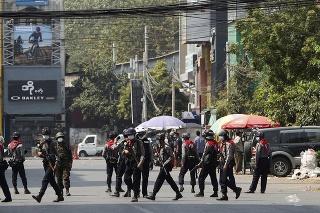 Vládna junta v Mjanmarsku nemá žiadne hranice.