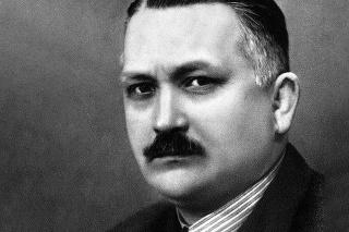 Portrét: Spisovateľ sa narodil 8. 3. 1896, zomrel v januári 1952.