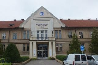 Univerzitná nemocnica v Košiciach nesie meno po Louisovi Pasteurovi.