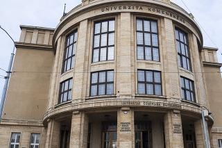 Univerzita Komenského ohlásila dištančnú formu skúšok v aktuálnom zimnom semestri.