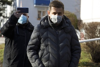 Bývalý minister životného prostredia SR László Sólymos odchádza z Prezídia Policajného zboru SR v Bratislave.