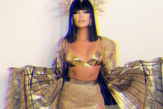 Kardashianka sa premenila na Kleopatru.