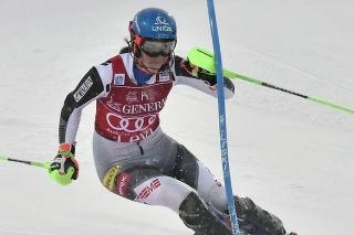 Petra Vlhová počas druhého dňa pretekov v Levi.