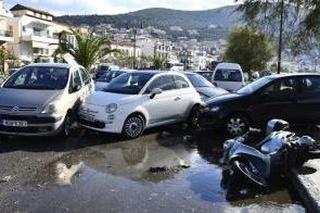 Po zemetrasení hlásia v Turecku a Grécku najmenej 14 obetí a stovky zranených